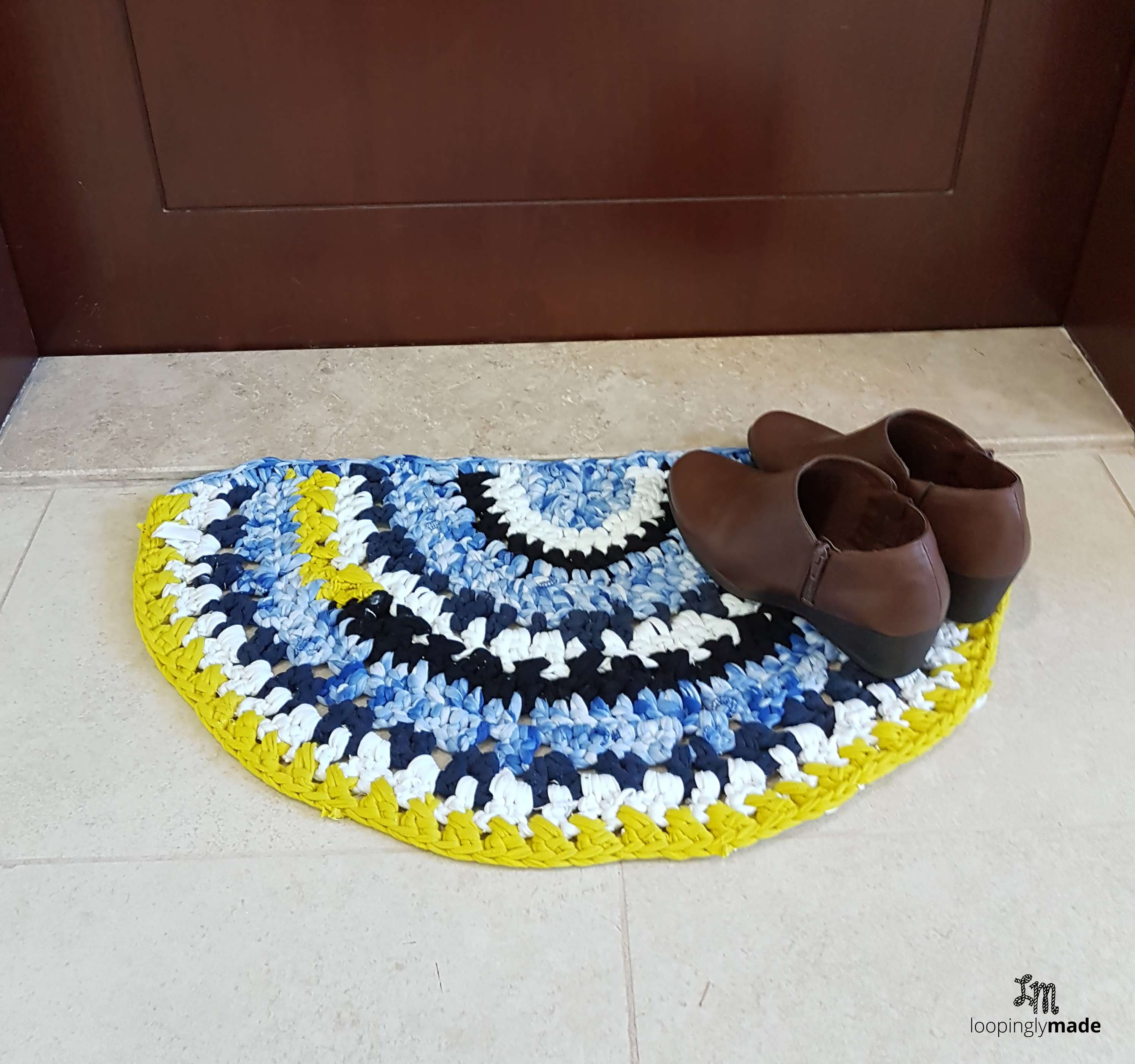 Crochet T-shirt Rag Rug, A Great Do-it-yourself Project